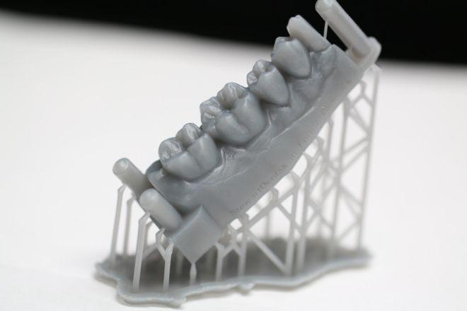 3D printing dentist